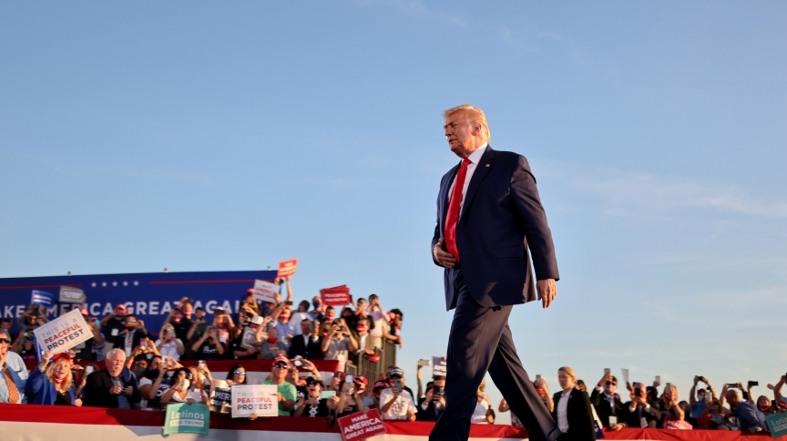 Donald Trump durante comício em Londonderry, New Hampshire