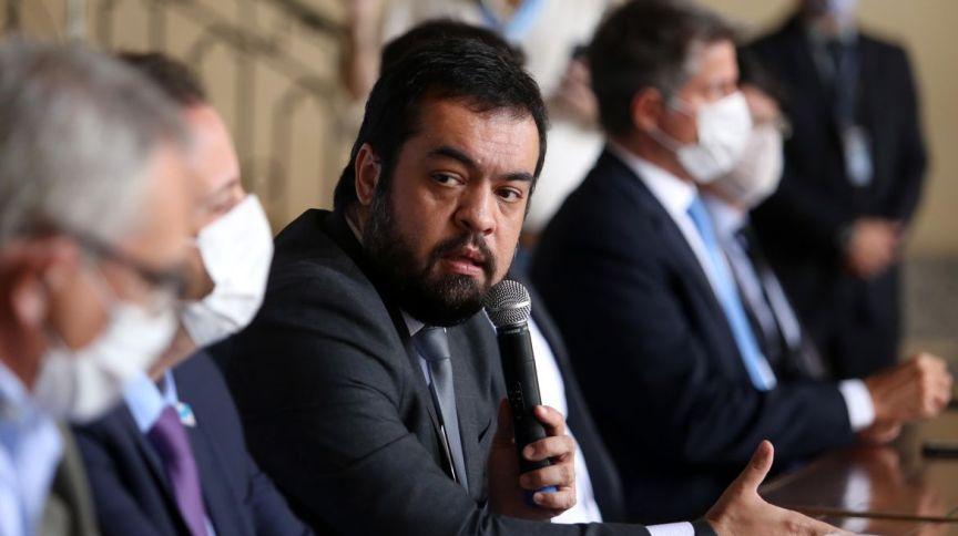 O governador em exercício do Rio de Janeiro, Cláudio Castro