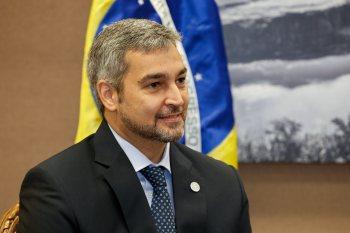 Os principais grupos políticos de oposição no Paraguai articulam um pedido de impeachment contra o mandatário por má gestão da pandemia do novo coronavírus