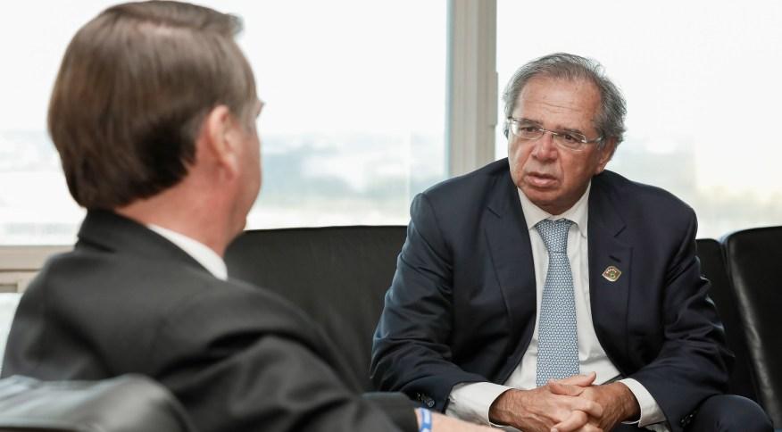 O presidente Jair Bolsonaro e o ministro da Economia, Paulo Guedes: ministro perdeu disputa por presidência do BID