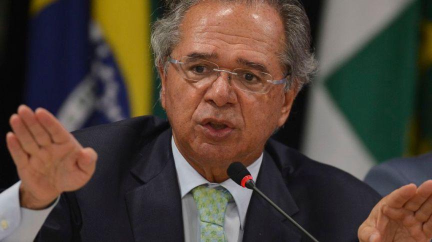 O ministro da Economia, Paulo Guedes: ministro diz que não recebeu nenhum cartão vermelho