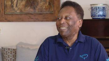 """Maurício é autor de """"1283"""", a biografia do Pelé"""