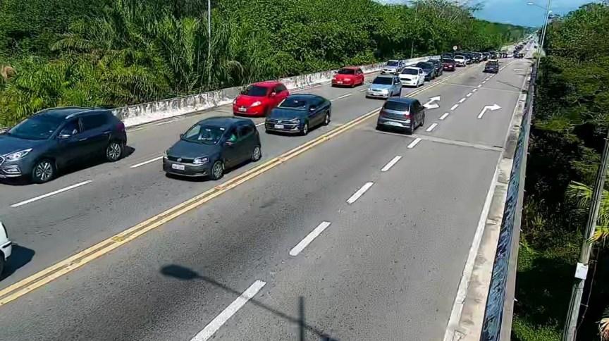 Trecho da rodovia SP 055 Rio-Santos