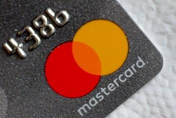 A receita da operadora de cartões americana, por sua vez, teve expansão anual de 29% no trimestre, a US$ 5 bilhões
