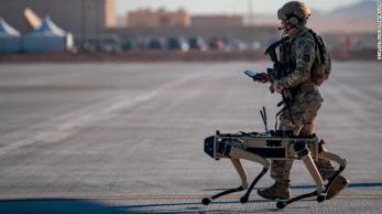 Sempre o melhor amigo do homem, agora uma versão robótica do cachorro vai ajudar os soldados em batalha