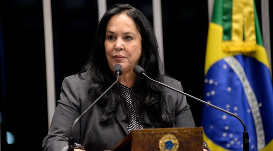 A senadora Rose de Freitas