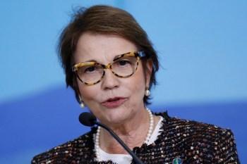 Segundo ministra da Agricultura, atualmente 2.000 propriedades são monitoradas, enquanto o Brasil possui 5 milhões de propriedades rurais