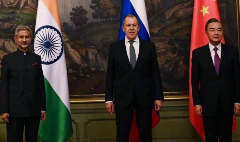O conselheiro de Estado chinês Wang Yi e o ministro das Relações Exteriores da Índia, S. Jaishankar, se reuniram em Moscou nesta quinta-feira (10)