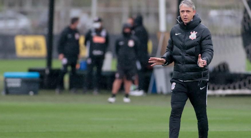 O técnico Tiago Nunes, que trabalhou no Corinthians nos primeiros nove meses de 2020
