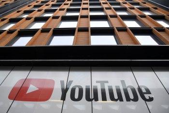 YouTube disse que a decisão se baseou em sua mudança no ano passado de aposentar todos os anúncios de 'masthead' de dia inteiro