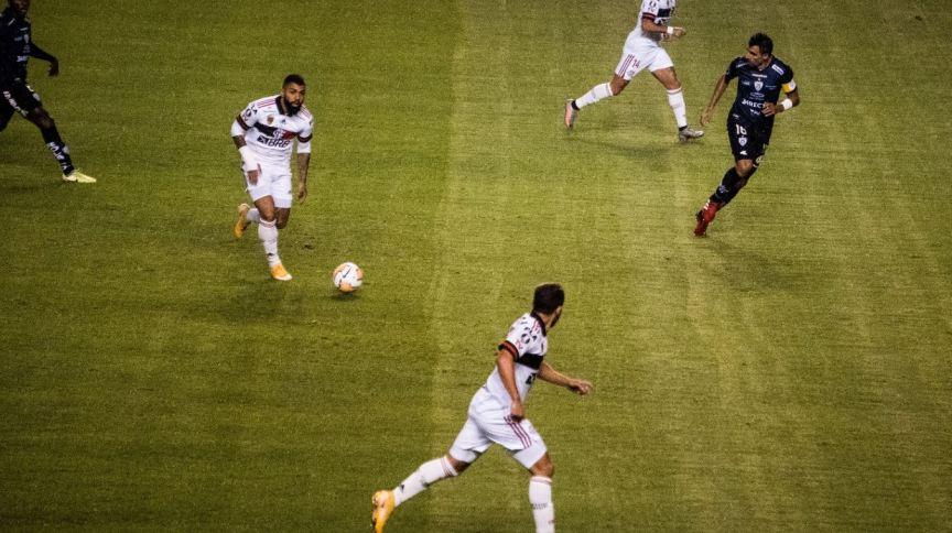 Flamengo foi goleado por 5 a 0 pelo Independiente del Valle jogando em Quito