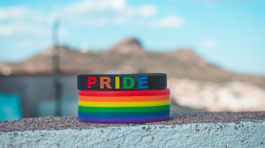 Diversidade LGBTQ: a rede de lojas de material de construção Lowe's anunciou parceria com Daymond John para dar visibilidade a grupos de minorias, como LGBTQ, mulheres e deficientes