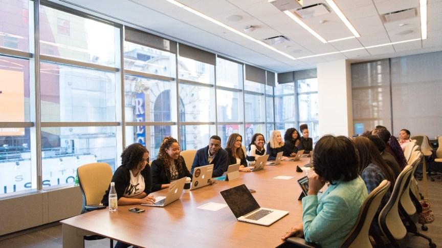 Mulheres no board: mesmo em conselhos mais diversos, elas ainda são restrita minoria