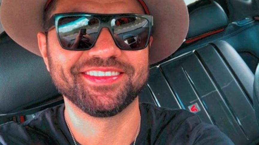 Cantor fez postagens no Instagram dentro do carro, durante viagem pela BR-116