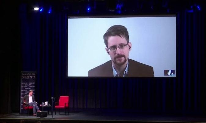 Snowden já participou de 56 palestras pagas que incluíram revelações que violaram o acordo de sigilo assinado com o governo, segundo o processo judicial