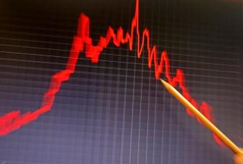 """Fernando Nakagawa, diretor do CNN Brasil Business, a queda confirmou que a recuperação da economia do Brasil não acontece em """"V', como aponta a equipe econômica"""