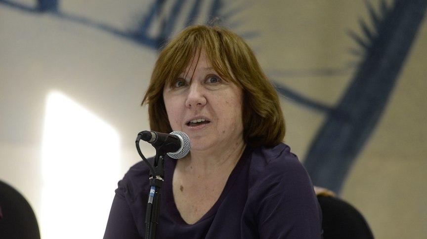 A escritora Svetlana Aleksiévitch