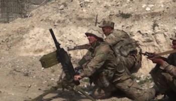 Moscou ofereceu ajuda após uma suposta incursão do Azerbaijão; a Armênia acusa o país vizinho de não cumprir a promessa de retirada das tropas da fronteira