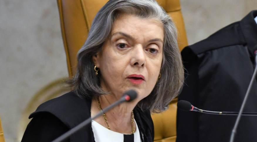 Ministra determinou prazo para Lira se manifestar sobre pedidos de impeachment