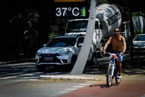 Médico da USP diz que mortes por excesso de calor no corpo são raras, mas altas temperaturas acendem alerta para condição