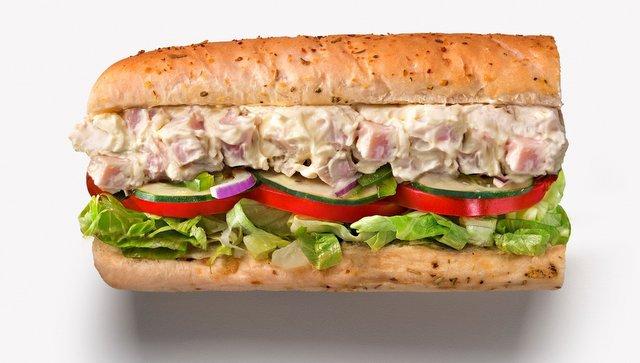 Lanche do Subway: de acordo com a corte irlandesa, nessa foto não temos um pão cercando os ingredientes