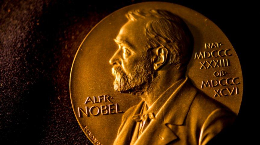Concedidas pela primeira vez em 1901, medalhas do Prêmio Nobel carregam a imagem de Alfred Nobel