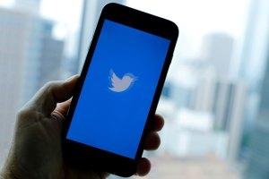 Por que o Twitter está cheio de bandeiras vermelhas?