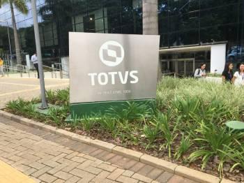 Na véspera, a TOTVS ampliou para 17 de novembro o prazo para que a Linx avalie o negócio