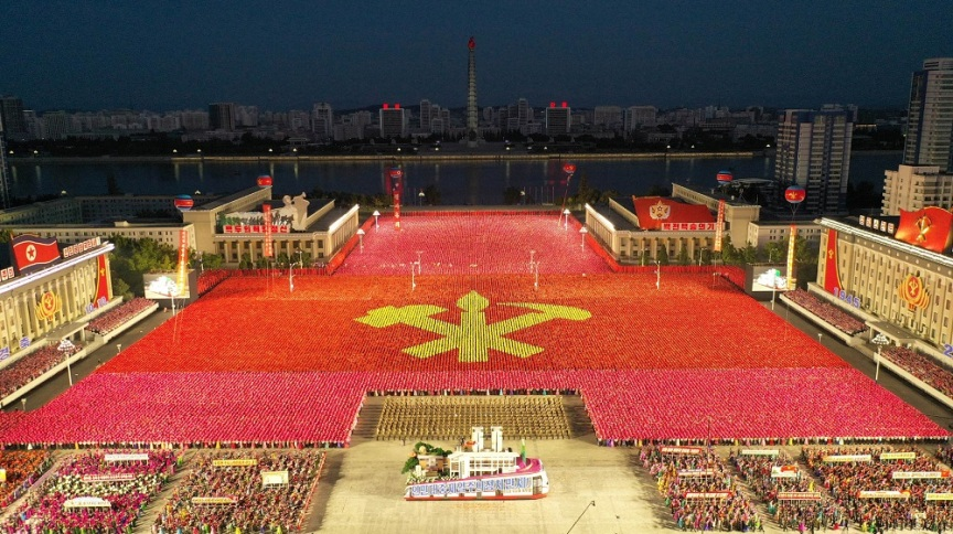 Desfile militar na Coreia do Norte: o país do ditador Kim Jong Un apresentou o que aparenta ser um noco míssil intercontinental