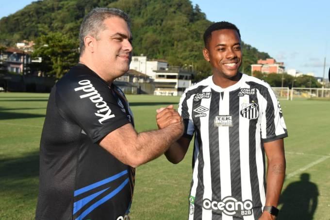 O presidente do Santos, Orlando Rollo (à esq), e Robinho Santos