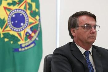 Entre os pedidos, entidade solicita que presidente seja denunciado pelo crime de perigo para a vida ou saúde de outrem