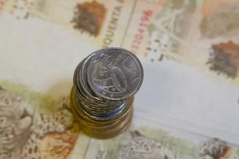 No mesmo período, a dívida pública mobiliária interna também subiu 2,48%, a R$ 4,386 trilhões