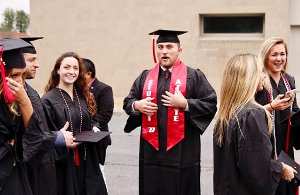 Formatura de alunos da unidade de Oneonta daUniversidade Estadual de Nova York