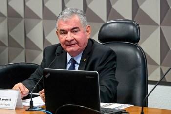 Senador Angelo Coronel (PSD-BA) começou a analisar o texto da reforma do Imposto de Renda
