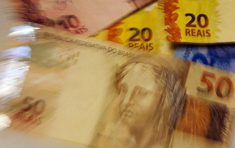 As previsões do mercado financeiro para o desempenho da economia este ano indicam contração de 1,96%. Já o Banco Mundial estima queda de 5%
