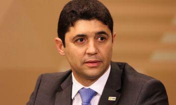 Rosário é o sexto ministro a contrair a doença causada pelo novo coronavírus