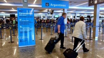 Além disso, turistas de países que fazem fronteira com aquele país foram liberados para entrar na região metropolitana de Buenos Aires