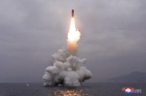 Coreia do Norte confirma lançamento de míssil balístico a partir de submarino