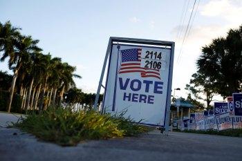Eleitores receberam chamadas pedindo para que se mantivessem em casa e em segurança