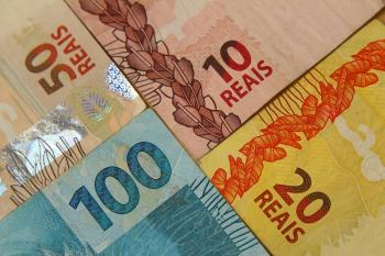 Juros do cheque especial e rotativo sobem no mês, diz relatório mensal do Banco Central