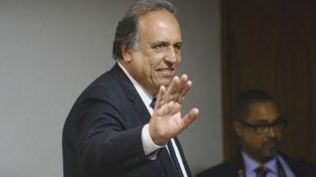 Ex-governador responde em liberdade aos processos da Lava Jato