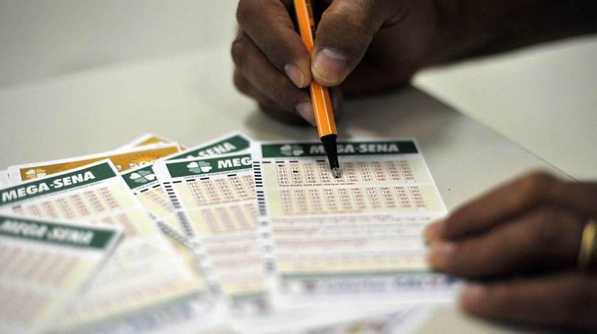Cartelas da Mega-Sena, da Loteria Federal (23.mar.2020)