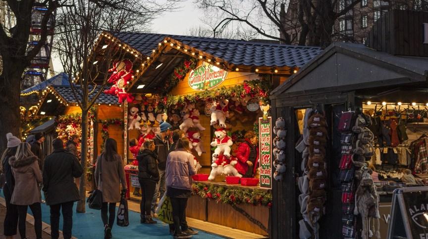 Mercados de Natal são tradicionais em diversos países do Hemisfério Norte