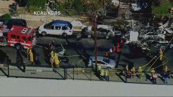 Uma casa e vários veículos foram atingidos na queda