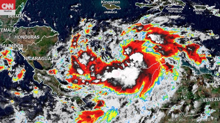 Imagem de satélite mostra formação do furacão Iota