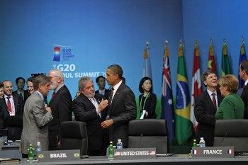 Ex-presidente dos Estados Unidos diz que ficou impressionado com Lula após reunião no Salão Oval da Casa Branca, em 2009