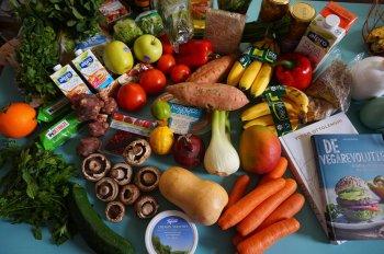 Estudos mostraram que vegetarianos têm densidade mineral óssea mais baixa do que pessoas que consomem carne frequentemente