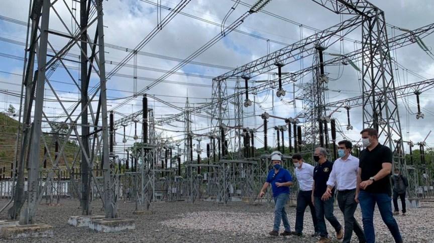 Vistoria das instalações elétricas no Amapá