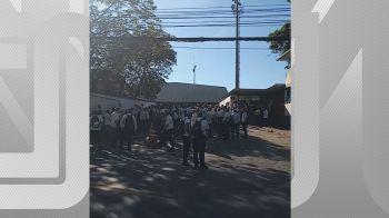 Transporte de eleitores que moram na zona oeste da capital fluminense foi afetado por movimento iniciado na madrugada deste domingo (29)
