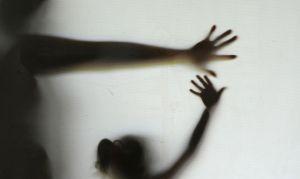 Mulheres que sofrem abuso sexual têm mais risco de danos cerebrais, diz estudo